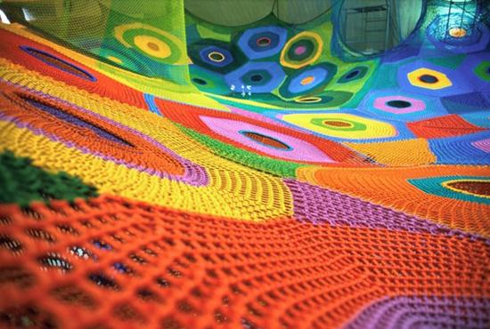 Toshiko_horiuchi_crochet_playground_1
