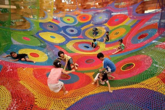 Toshiko_horiuchi_crochet_playground_5