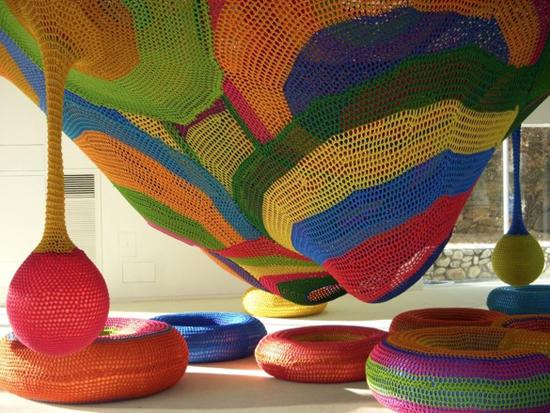 Toshiko_horiuchi_crochet_playground_3