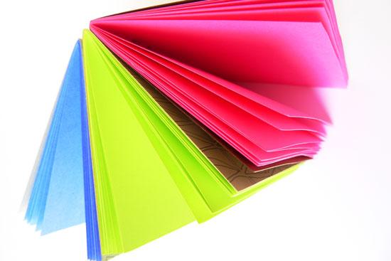 Neon_notebook_verysarie_1
