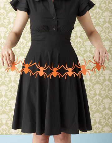 CLX-Halloween-Crafts-spider-cutouts-crop-1010