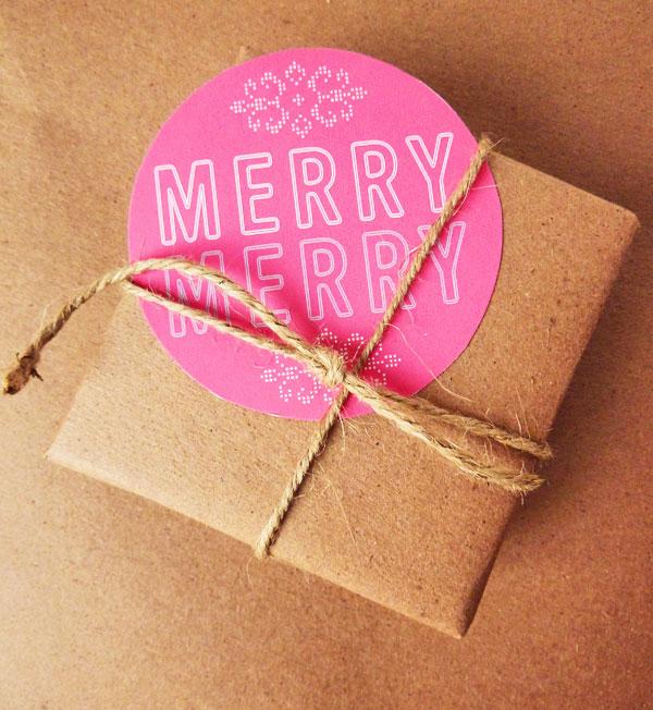 Bright_holiday_tags_4