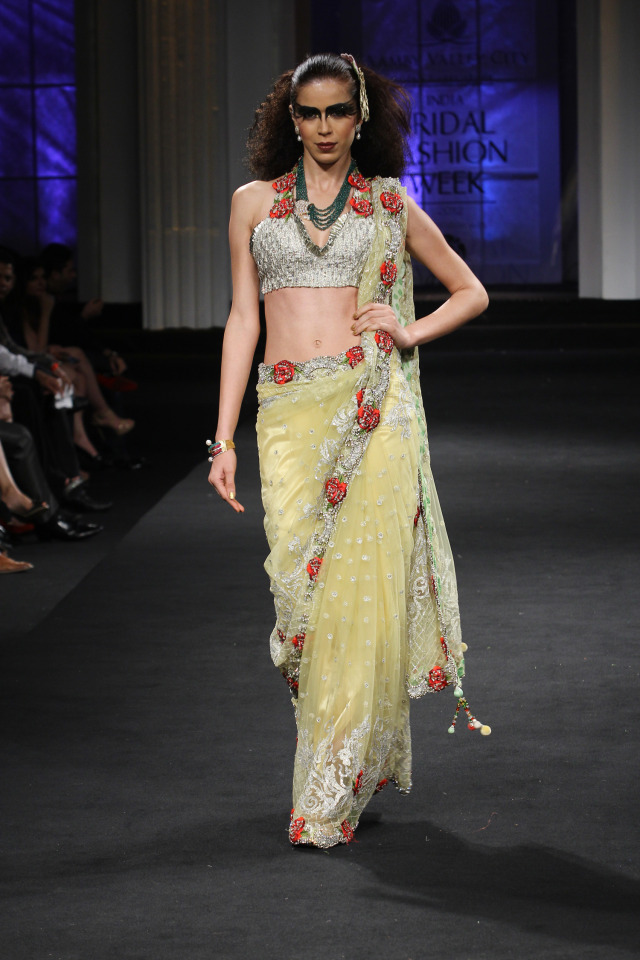 ccc6fa3f Aamby Valley India Bridal Fashion Week 2012 ~ Falguni Shane Peacock ...