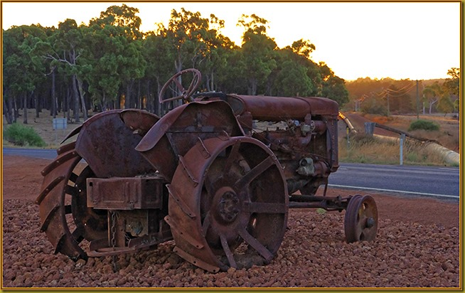 CollieWilliamsRd-FarmRelics03-650x